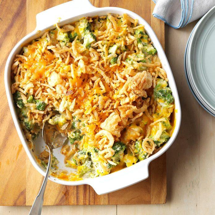Cheesy Cheddar Broccoli Casserole Exps Sdfm17 28900 C09 30 6b 8