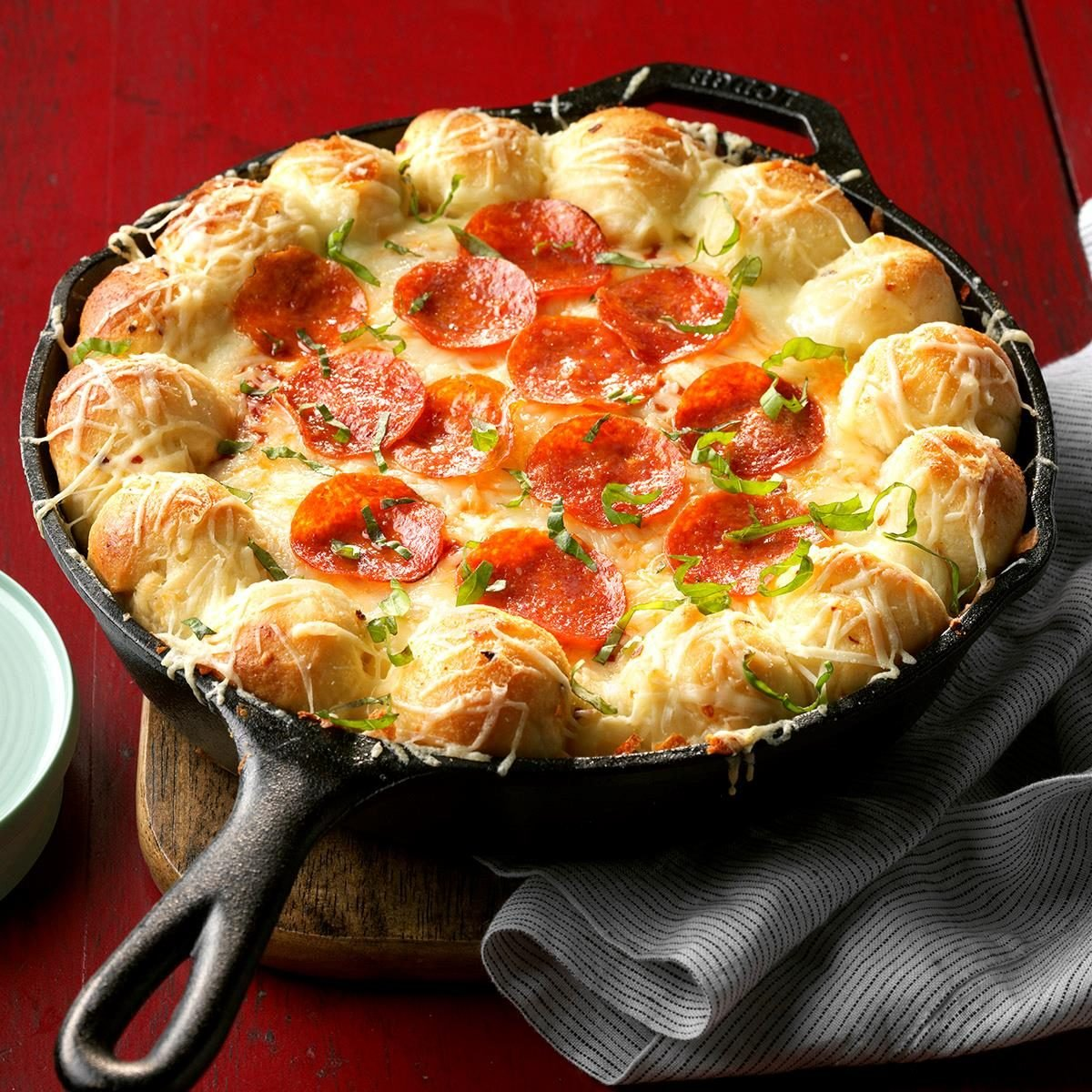 Cheesy Skillet Pizza Dip Recipe How To Make It Taste Of Home
