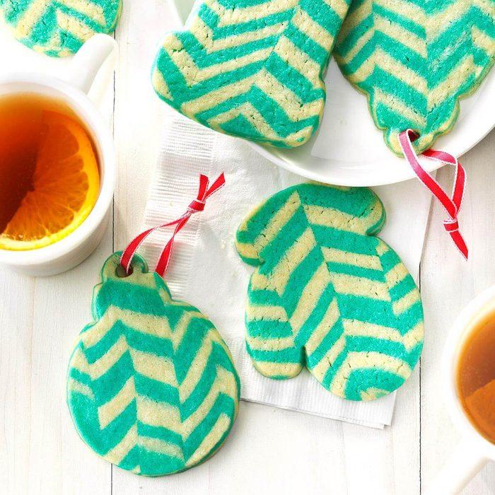 Chevron Ornament Cookies_EXPS_UCSBZ17_203593_C05_16_1b