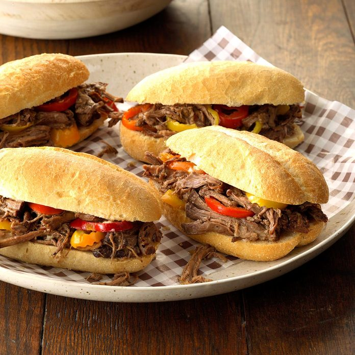 Chicago Style Beef Rolls Exps Scmbz18 163285 C01 03 5b 4