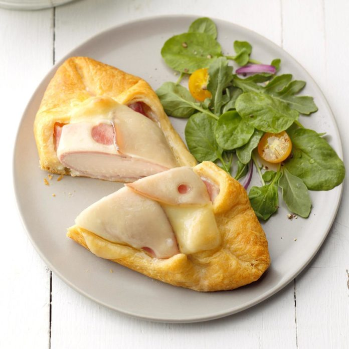 Chicken Cordon Bleu in Pastry
