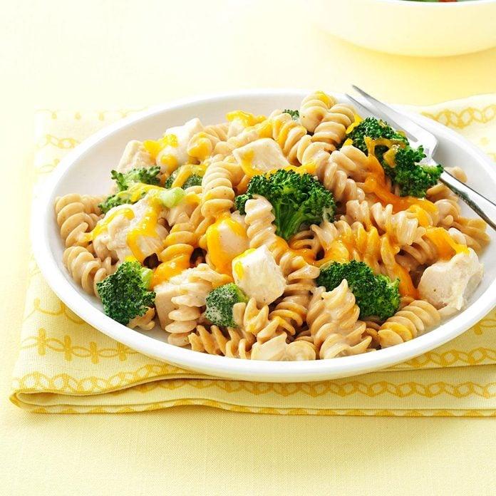 Chicken Pasta Skillet Exps49815 Th2847293d12 18 4b C 2