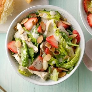 Chicken Strawberry Spinach Salad