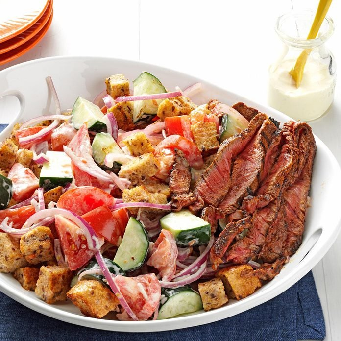 Chili Rubbed Steak Bread Salad Exps167000 Th2847295b03 06 6bc Rms 3