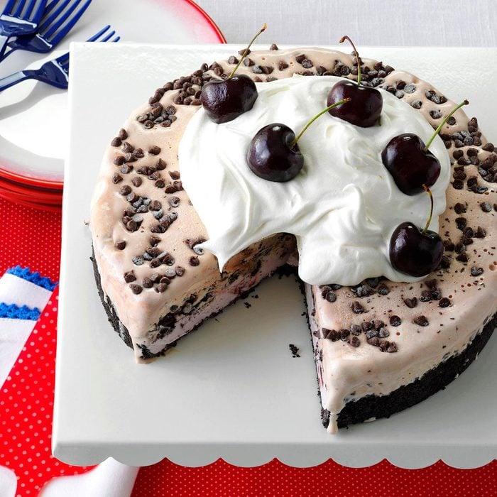 Chocolate Cherry Ice Cream Cake Exps142171 Hc143213d09 04 5bc Rms 2