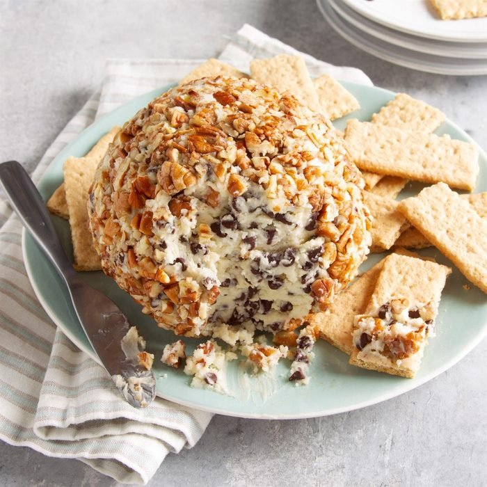 Chocolate Chip Cheese Ball Exps Ft21 13277 F 0421 1