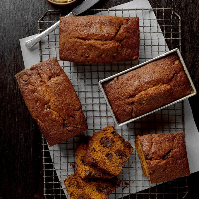 Chocolate Chip Pumpkin Bread Exps Cmz18 2273 B10 26 1b