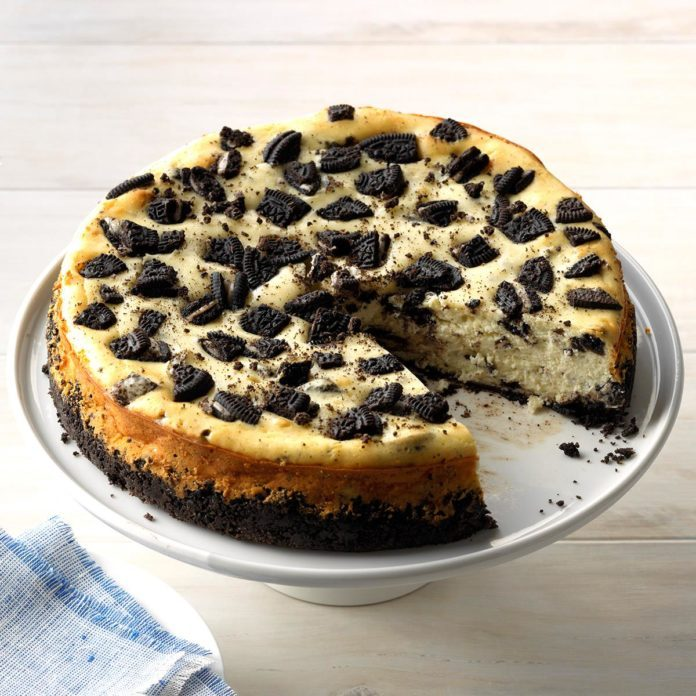 Inspired by: Cheesecake Factory Oreo Dream Extreme Cheesecake
