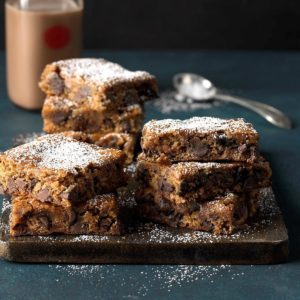 30 Christmas Bar Recipes for Sweet Celebrations
