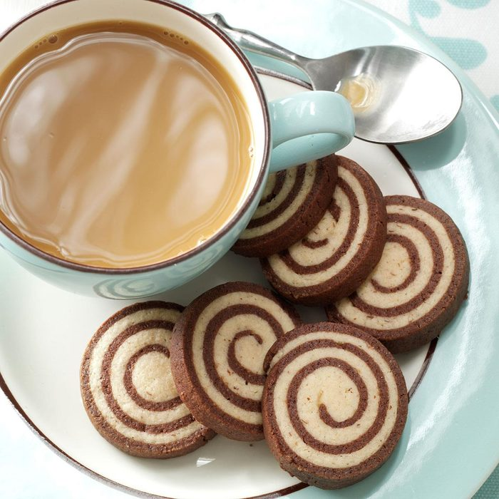 Chocolate Nut Pinwheel Cookies Exps44443 Cc2661980c05 14 4bc Rms