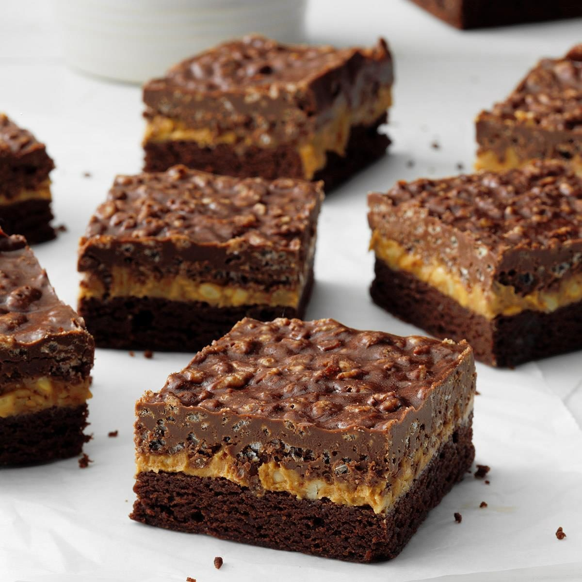 Chocolate & Peanut Butter Crispy Bars