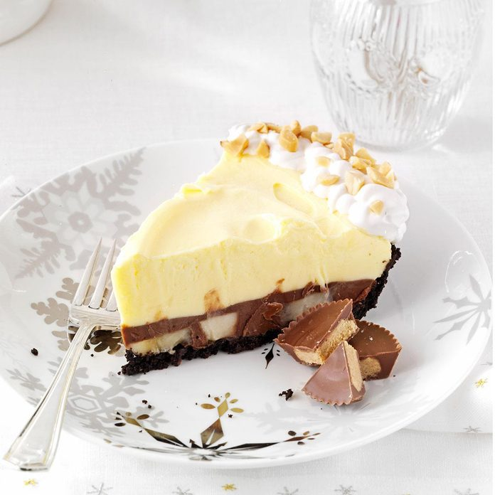 Chocolate Peanut Butter Pudding Pie With Bananas Exps158281 Th2379806d 08 30  8bc 2