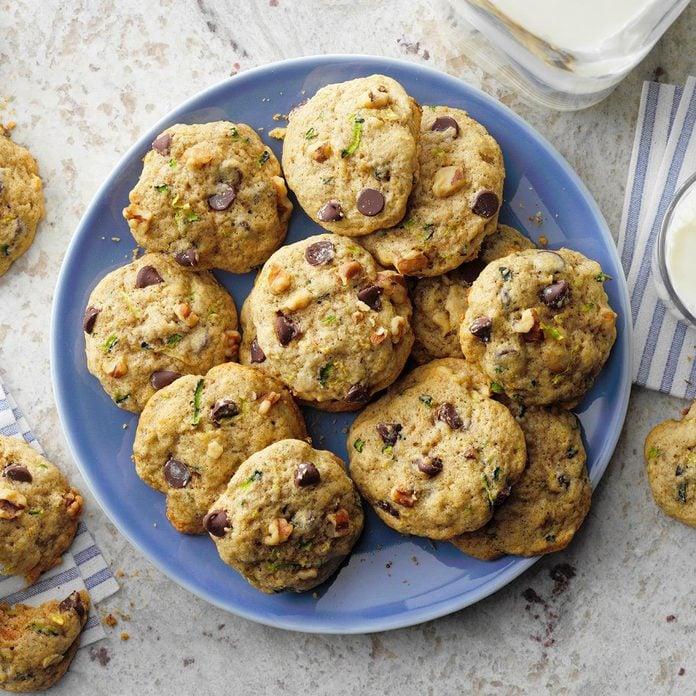Chocolate Zucchini Cookies Exps Tohjj21 11167 E02 16 4b 2