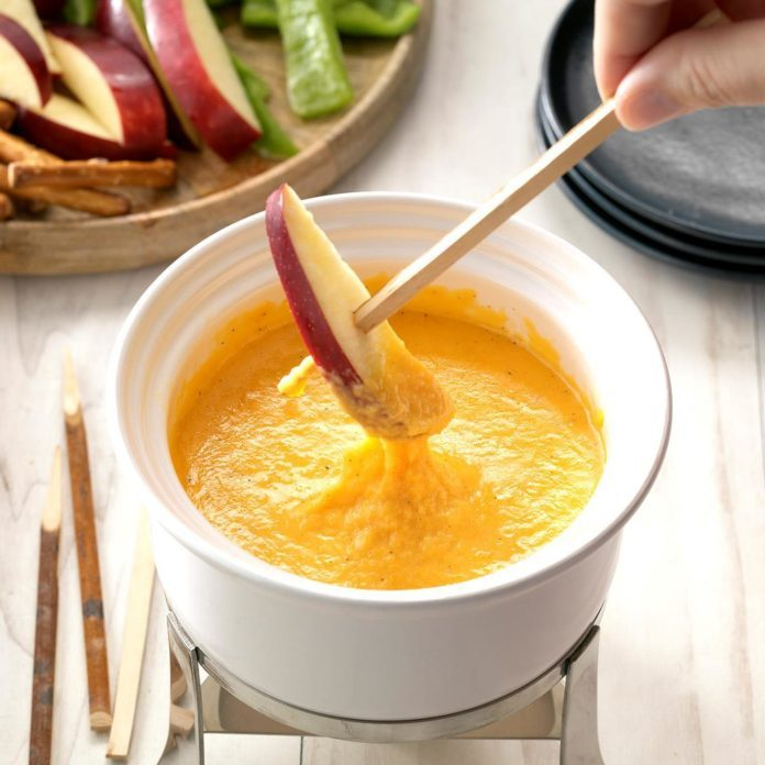 Cider Cheese Fondue
