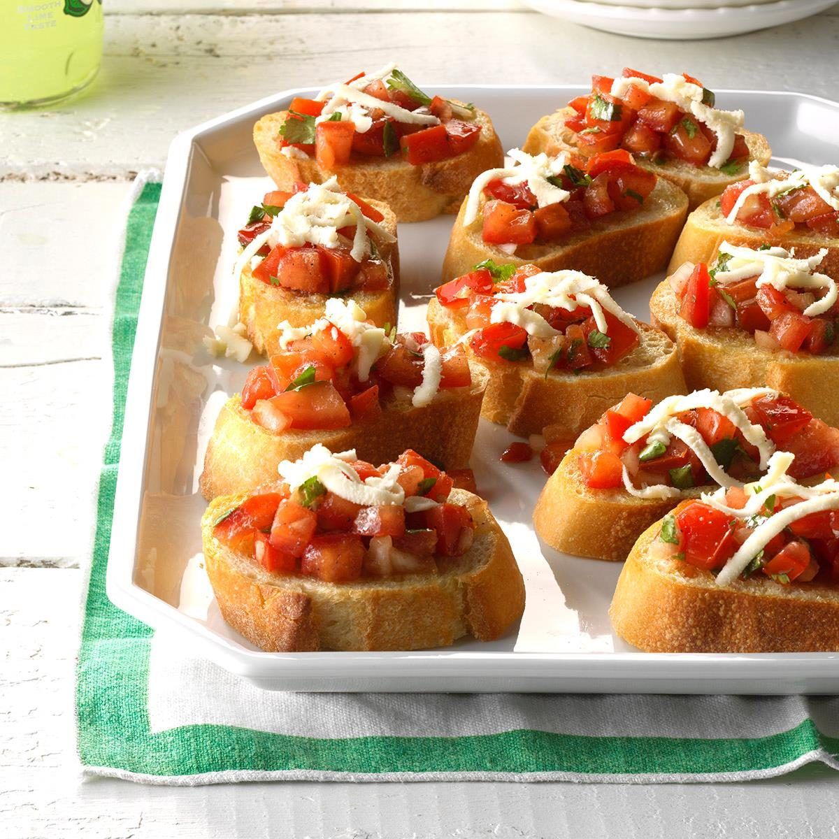 40 Easy Potluck Recipes For Your Graduation Party: Cilantro Tomato Bruschetta Recipe