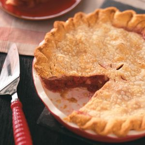 Classic Bumbleberry Pie