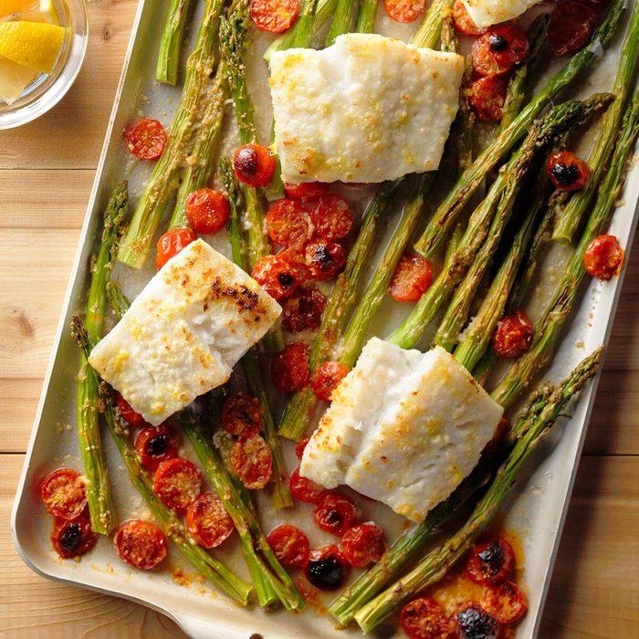 Cod And Asparagus Bake Exps Tham18 200337 B10 08 5b