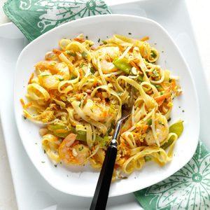 Colorful Shrimp Pad Thai