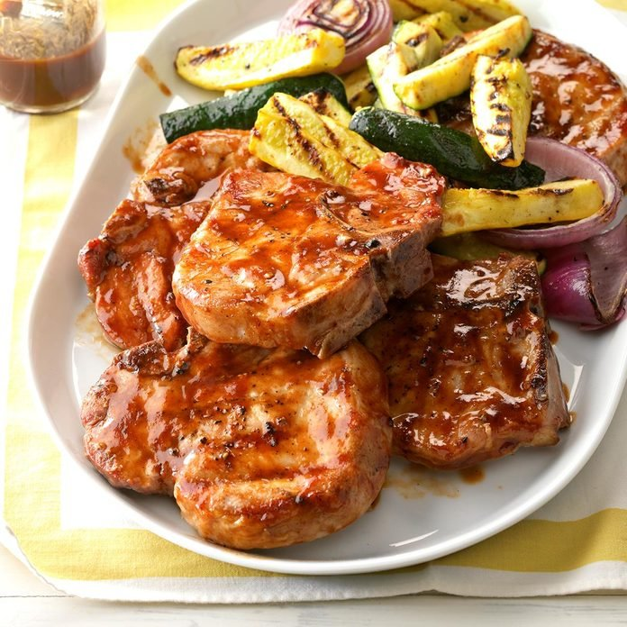 Contest Winning Barbecued Pork Chops Exps Sdas17 40187 D04 12 5b 5