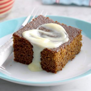 Contest-Winning Gingerbread with Lemon Sauce