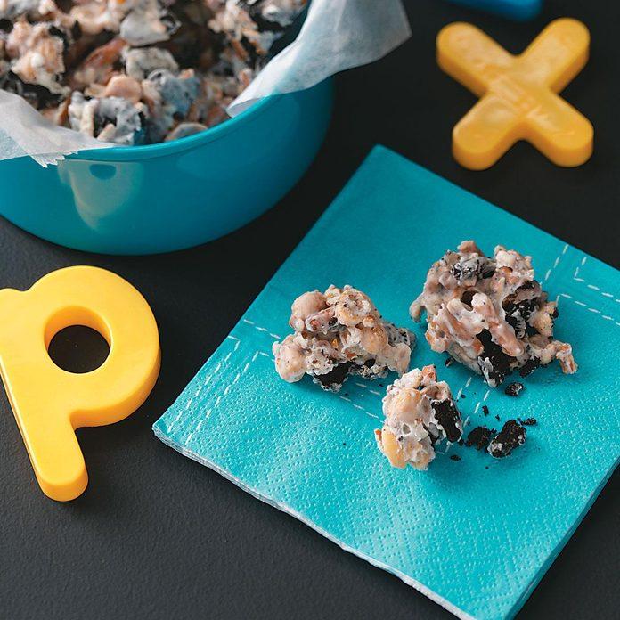 Cookie Pretzel Peanut Bark Exps36384 Sd19999443d04 23 4bc Rms 2