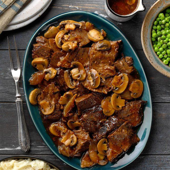 Country Chuck Roast With Mushroom Gravy Exps Dodbz20 132000 B07 23 3b 5