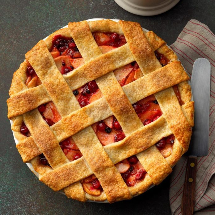 Cranberry apple lattice pie