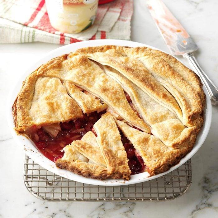 Cranberry Apple-Nut Pie