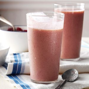 Cranberry-Banana Smoothies