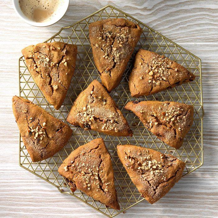 Cranberry Gingerbread Scones Exps Sddj19 109722 C07 18 6b 5