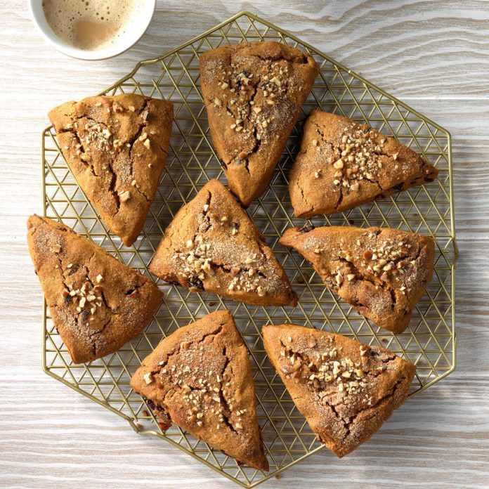 Cranberry Gingerbread Scones