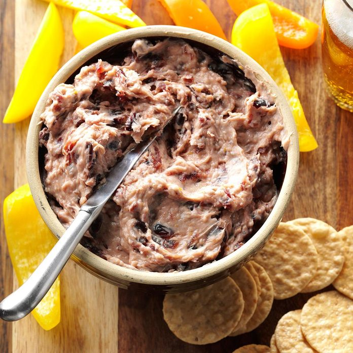 Cranberry Jalapeno Cheese Spread Exps Hpbz16 41687 D05 17 2b 1