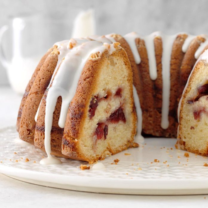 Cranberry Swirl Coffee Cake