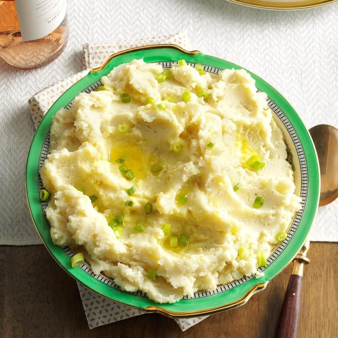 Cream Cheese Mashed Potatoes Exps Thn16 191826 06b 22 5b 8
