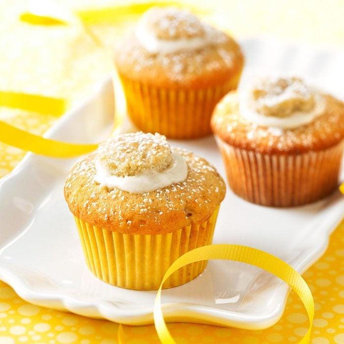 Cream-Filled Banana Cupcakes
