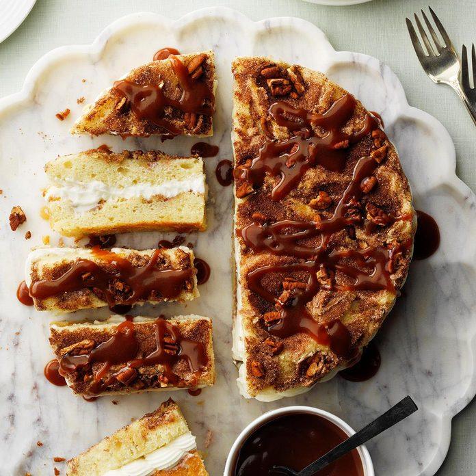 Cream Filled Cinnamon Coffee Cake Exps Hca20 36303 05 27 E 7b 6