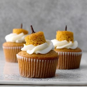 Cream-Filled Pumpkin Cupcakes