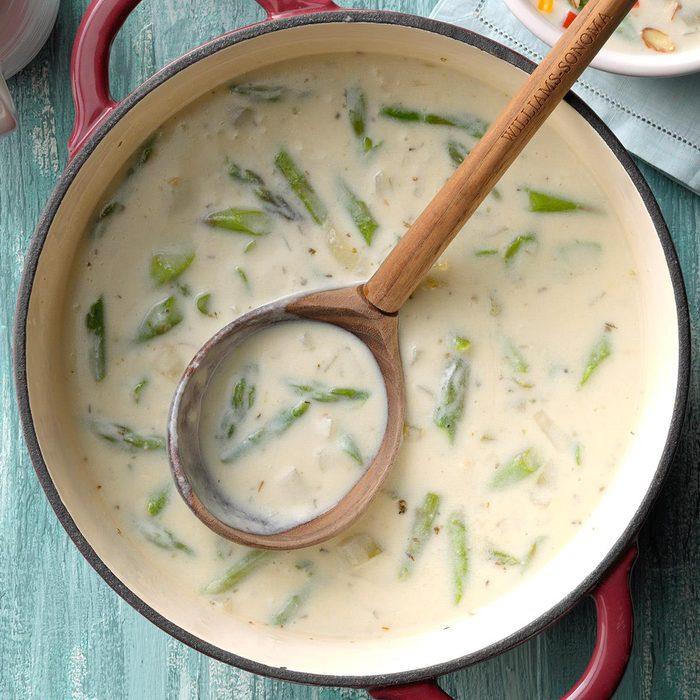 Creamy Asparagus Chowder Exps Ssmz21 2699 B10 14 10b 3