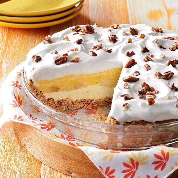 Creamy Banana Pecan Pie