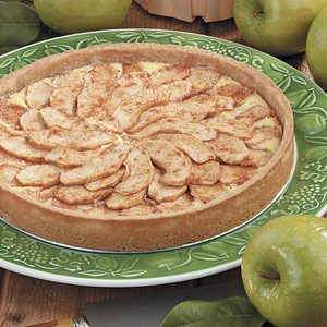 Creamy Bavarian Apple Tart