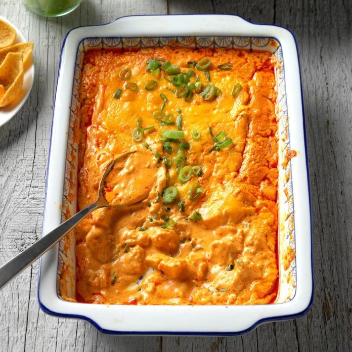 Creamy Buffalo Chicken Dip