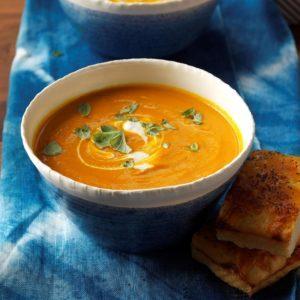 Creamy Carrot & Tomato Soup