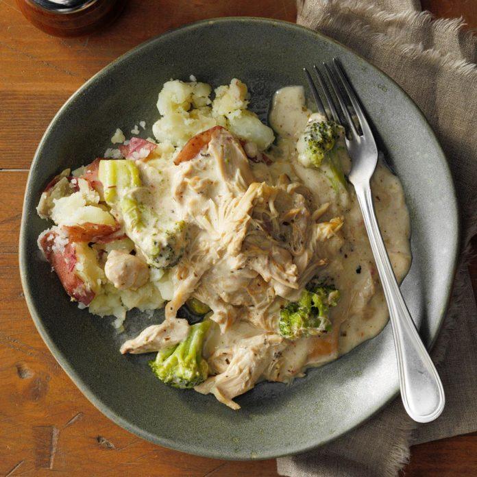 Creamy Chicken & Broccoli Stew