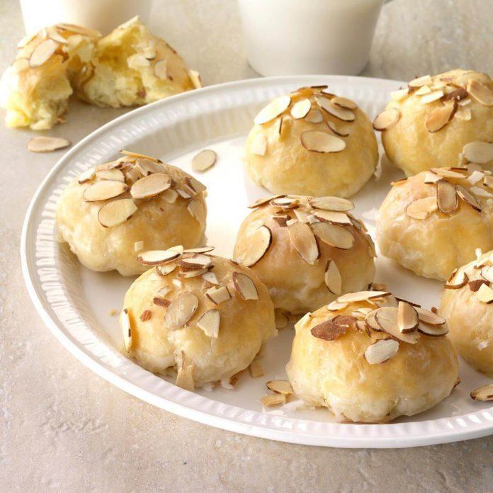 3rd Place: Creamy Lemon Almond Pastries