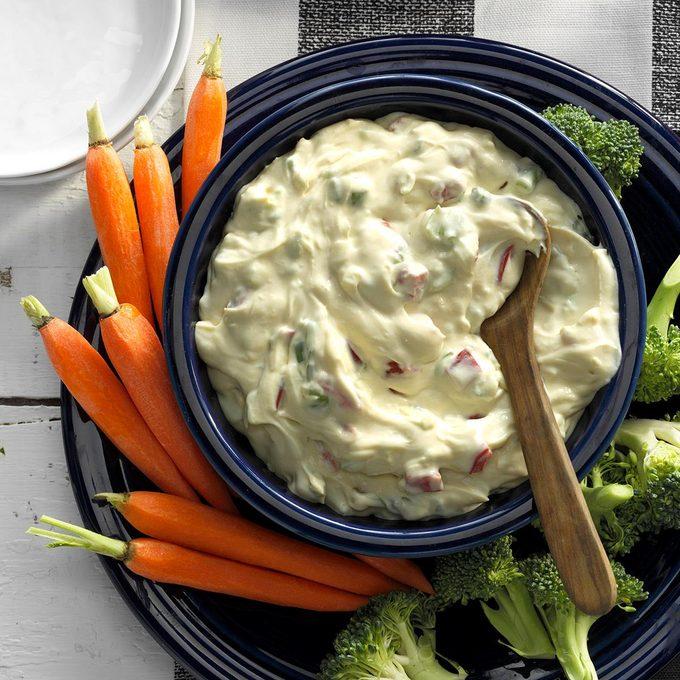 Creamy Red Pepper Veggie Dip