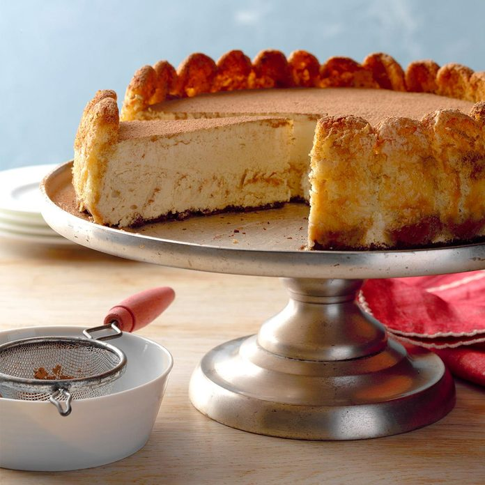 Creamy Tiramisu Cheesecake Exps Tohx18 139632 B08 31 8b 2