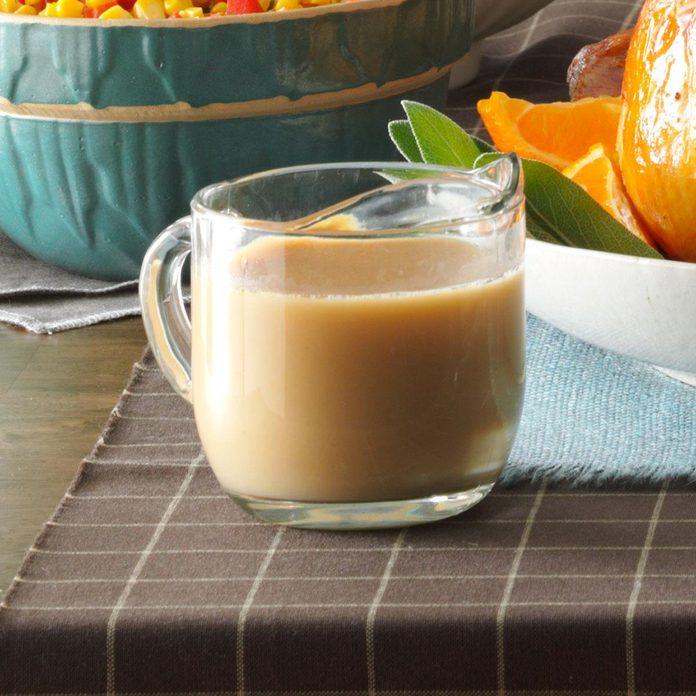Creamy Turkey Gravy Exps34299 Hc143213d11  06 2b Rms 1