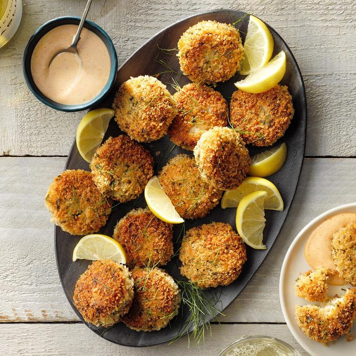 Appetizers & Small Plates: Creole Scallop Cakes