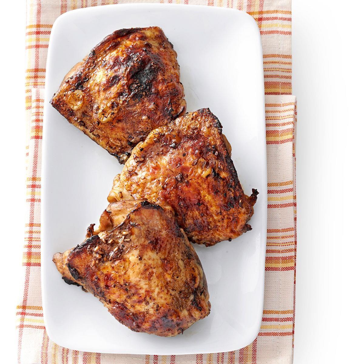 Crispy Garlic-Broiled Chicken Thighs