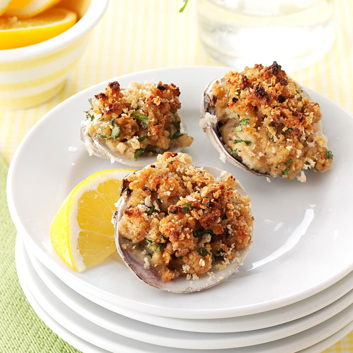 Crumb-Topped Clams